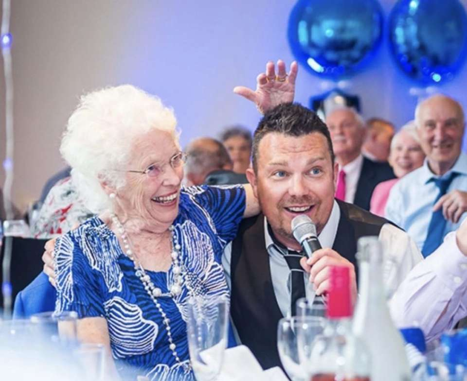 Surprise Surprise Singing Waiters Main