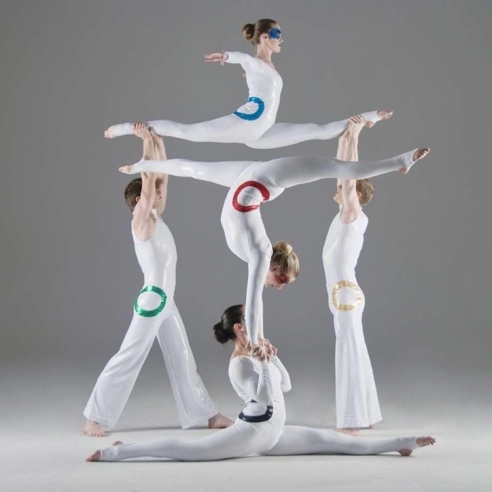 The Acro Athletes Acrobats3