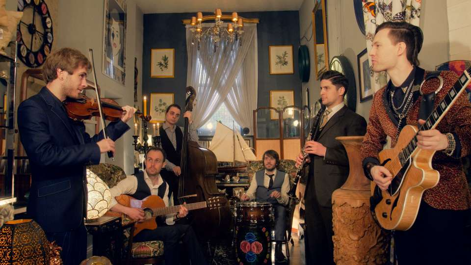 The Hot Club Collective Gypsy Swing Band7