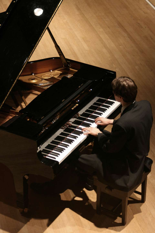 Toby Pianist Birmingham 3