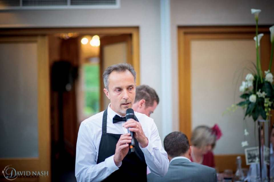 Underwraps Singing Waiters2
