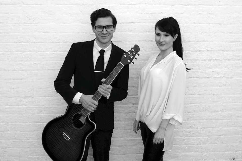 Valo Guitar Vocal Duo Main