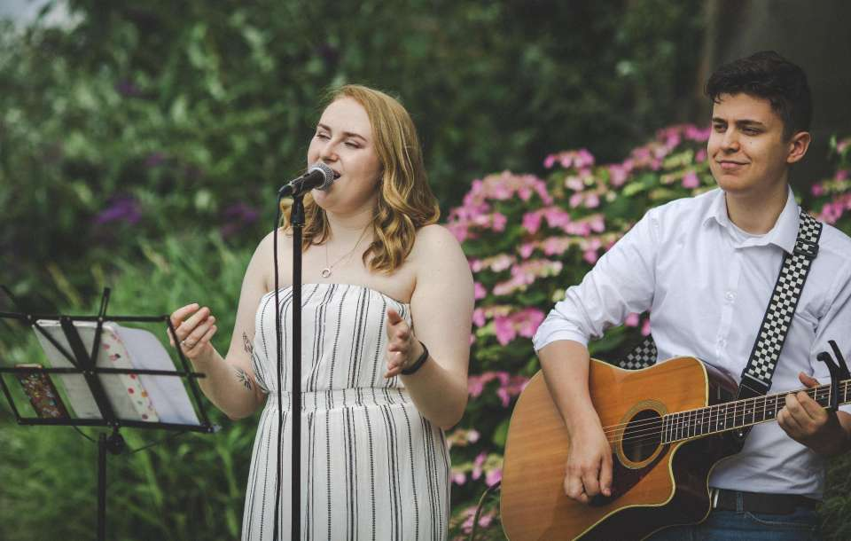 The Young Hearts | Manchester Acoustic Duo For Hire