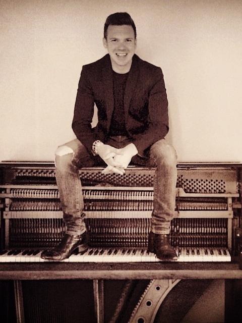 Joe Benjamin Wedding Pianist Southeast 4