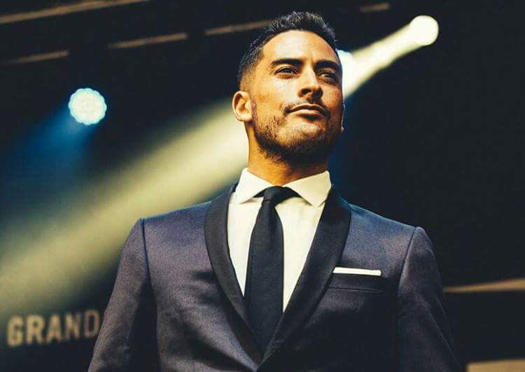 The Swing King | Surrey Wedding Singer For Hire